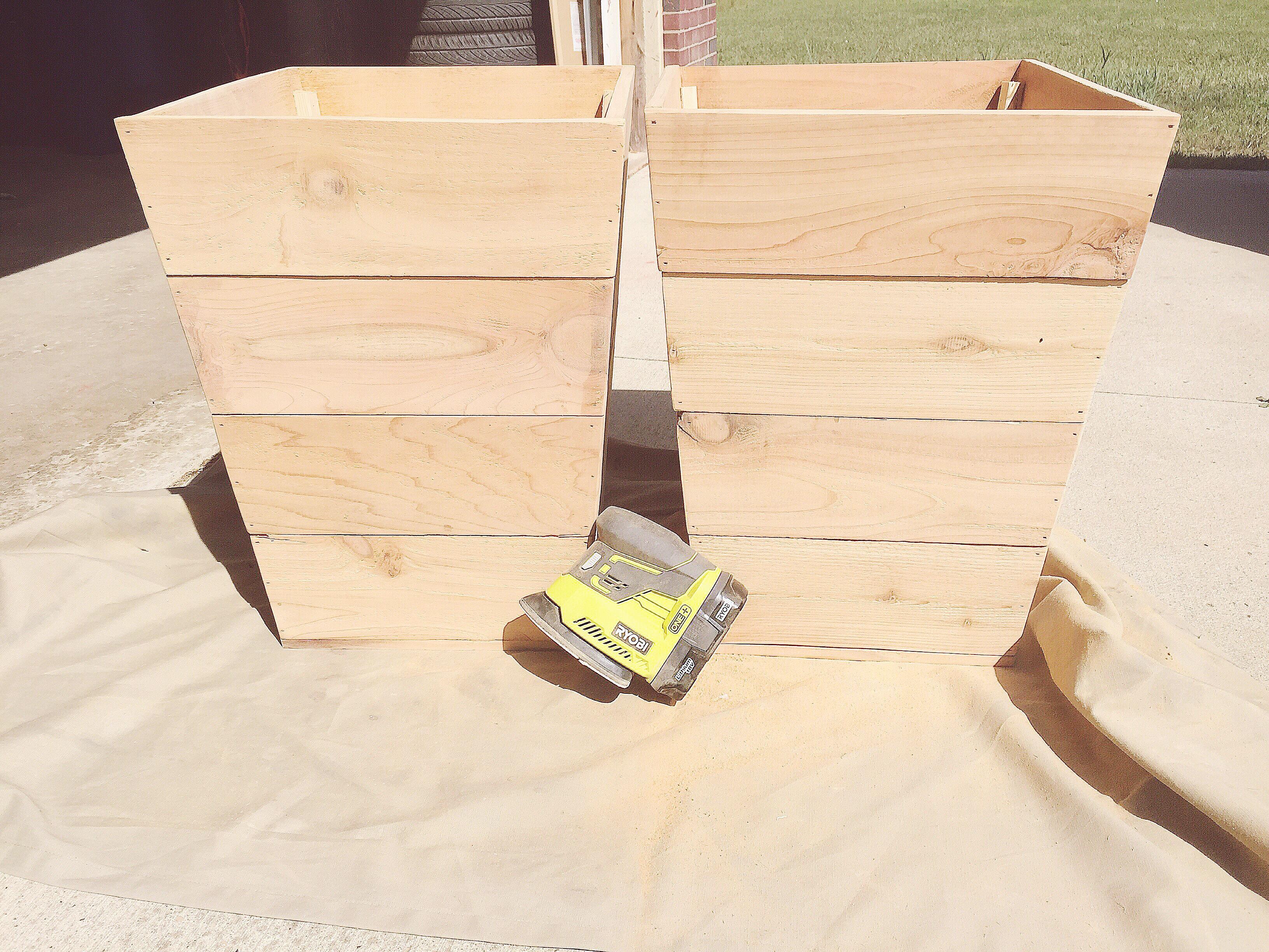 Diy Tapered Cedar Planter Boxes Building Briggs